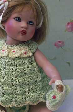 """IRIS"" knit pattern for 7"" & 9"" dolls, RILEY KISH 